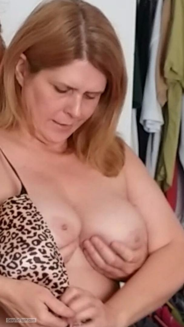 Tit Flash: My Big Tits - Topless Hot Mama from United States